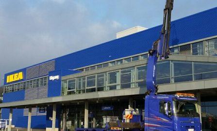 Lagerskift, avbalansering og rengjøring av tilluft og avtrekksvifte. Ventilasjonsanlegget betjener kjøkkenet til Ikea Åsane
