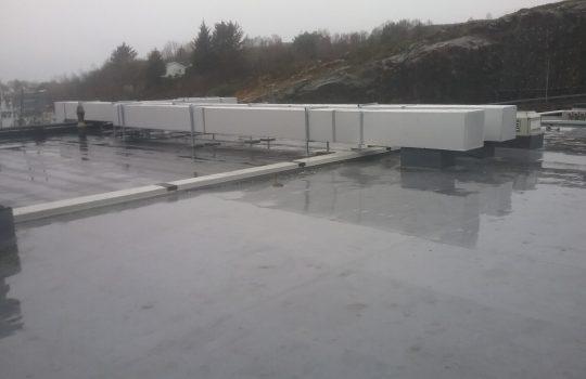 Kanalføring tilluft og avtrekk til tørvarelager